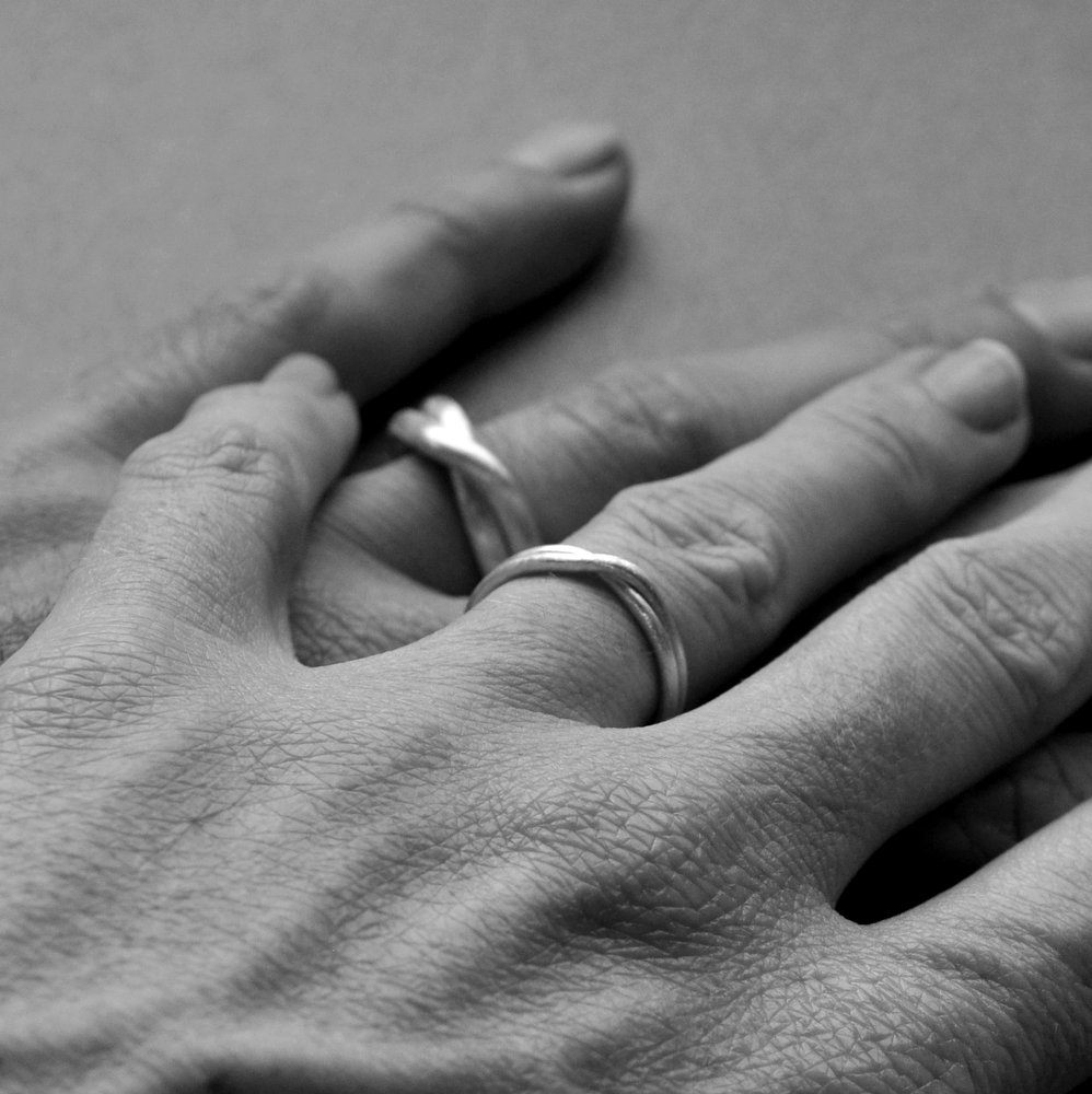 Infinity Ring Wedding Set B&W