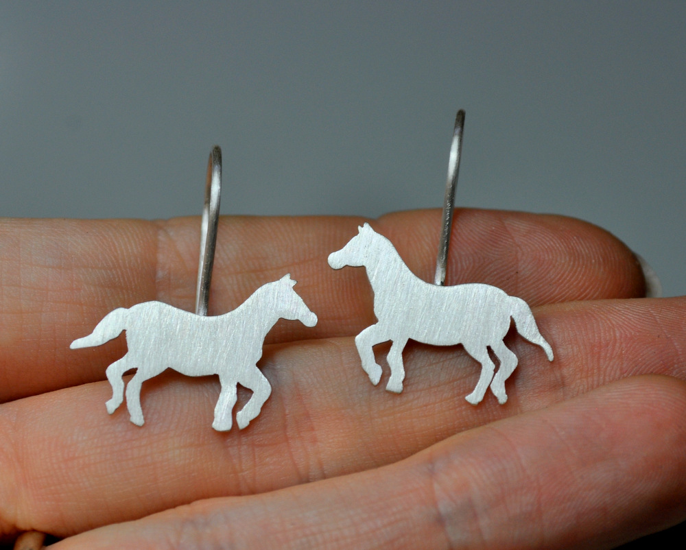 Custom Order - Sterling Silver Horse Necklace + Earrings (8)