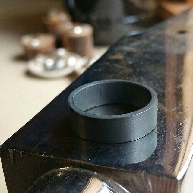 @Epheriell on Instagram - an oxidised 7mm chunky sterling silver ring