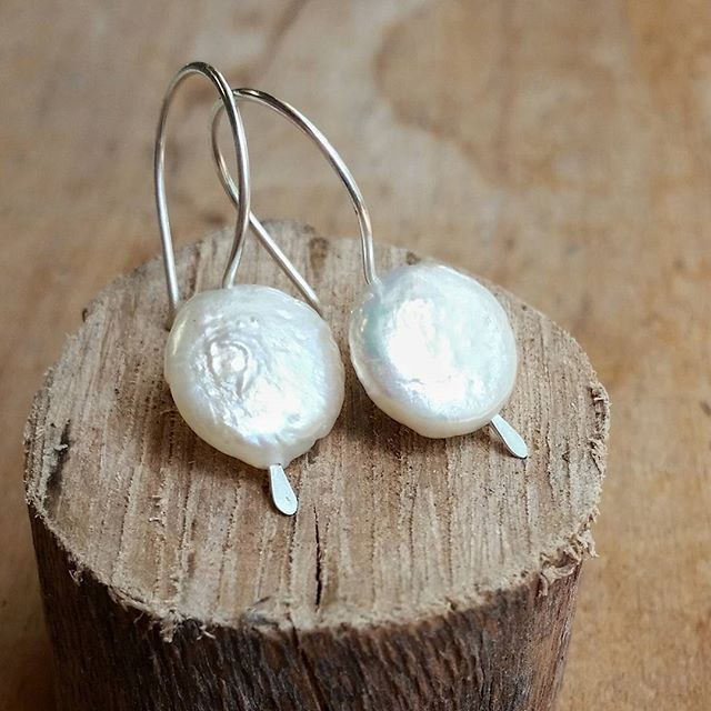 @Epheriell on Instagram - coin pearl and sterling silver handmade earrings