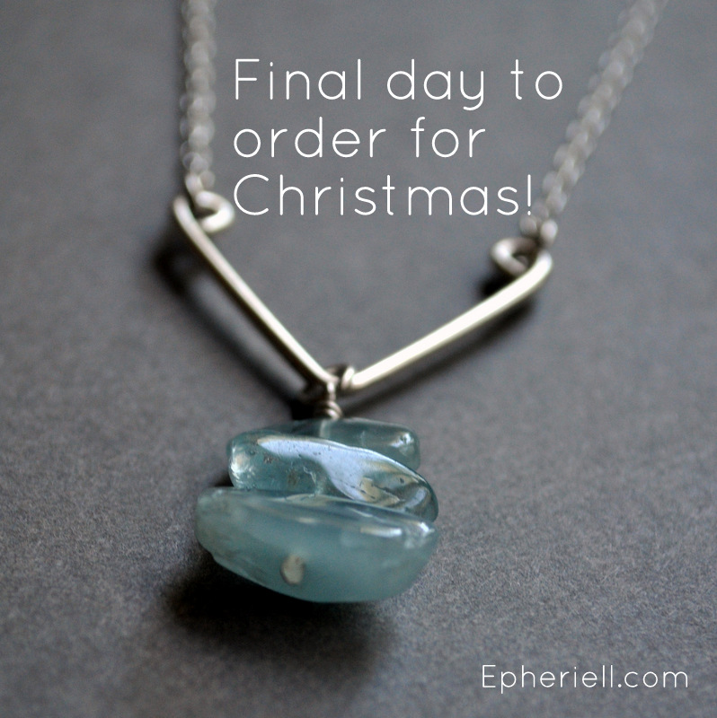 Final Day for Australian Guaranteed Christmas 2013 Delivery!