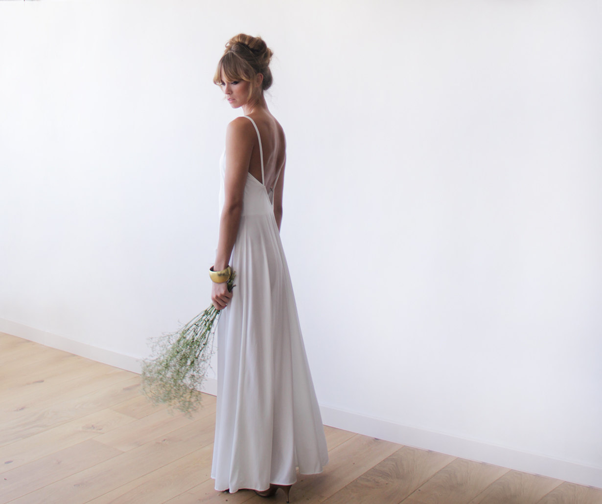 #EpheriellFridayFind – Blush Fashion – Simple Modern Wedding Gowns